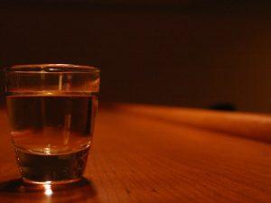 Karriären kan gå bra trots alkoholmissbruk – ett tag